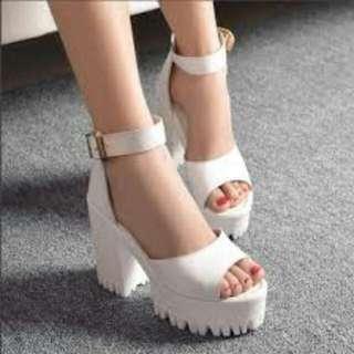 (徵收)38~39號白色韓系涼鞋~!