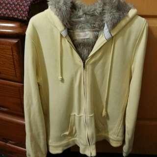 Net黃色鋪毛外套