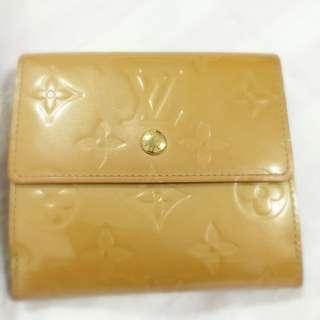 Authentic. L.v.  Vermis. Wallet(. Reserved )