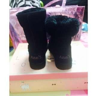 Ann'S甜美女孩-刺繡愛心2way可愛雪靴 黑 顏色:黑;尺寸:37(全新)降價