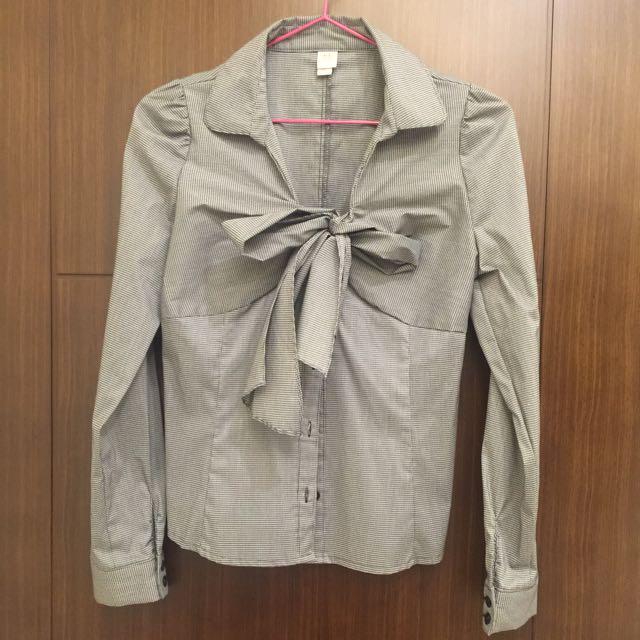 黑條紋蝴蝶結低胸襯衫