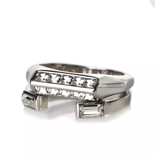 歐美大牌立體鑽飾銀色戒指 兩個一組