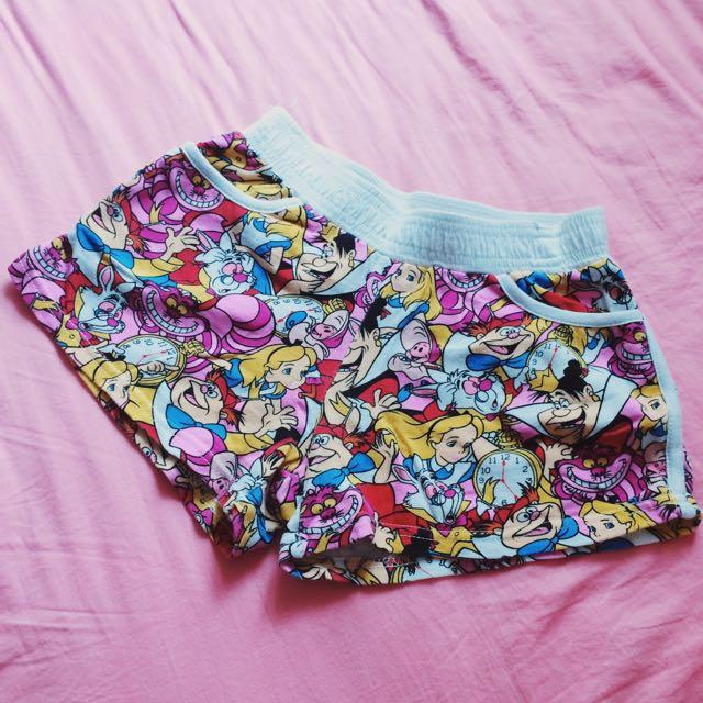 愛麗絲夢遊仙境 小短褲