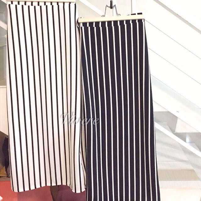 BLACK WHITE LONG SKIRT SPAN