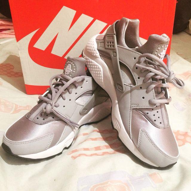 Nike Air Huarache Run 9.5二手