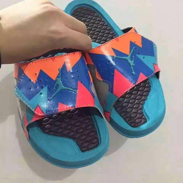 Nike Jordan 拖鞋