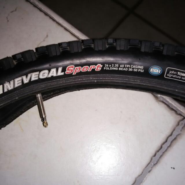 used kenda nevegal sport tyres, 26x2.35 with inner tube presta valve, 85% life left