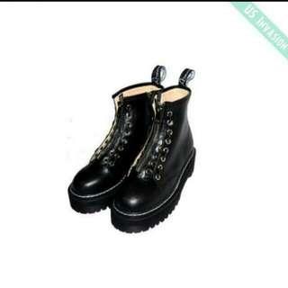 降價🔼拉鏈厚底短靴