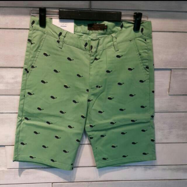 男生韓版鯨魚短褲