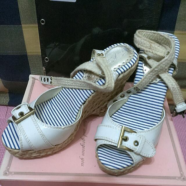 全新 KAZANA 厚底竹編綁帶涼鞋