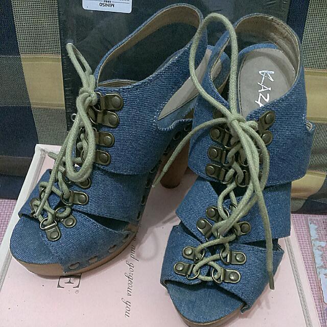 KAZANA 牛仔粗跟涼鞋