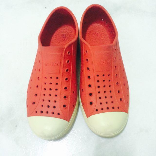 🔴降價🎉Native-童鞋-紅