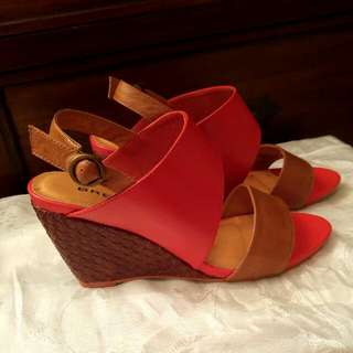 Bresley Wedges