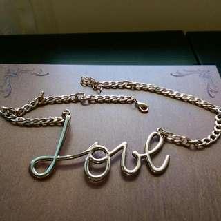 LOVE金屬項鍊