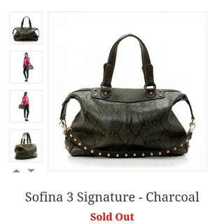 Sofina 3 Signature In Charcoal