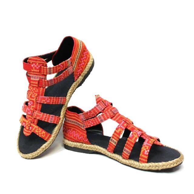 民族風橘紅涼鞋