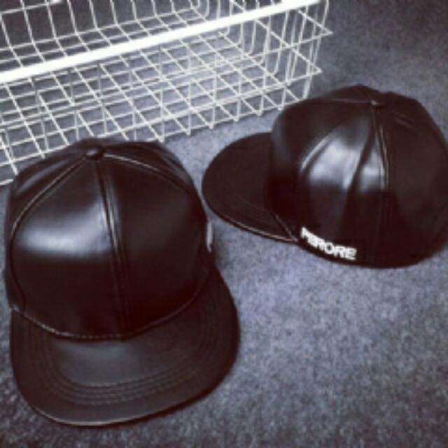 現貨實皮革版帽
