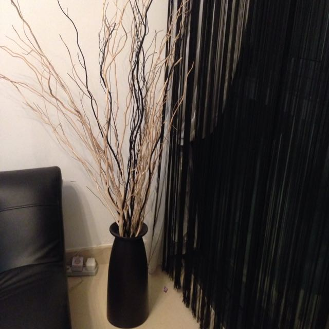 Vase With Black N White Stick Furniture On Carousell