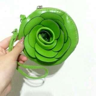 (含運)全新🌱嫩綠色手拿包
