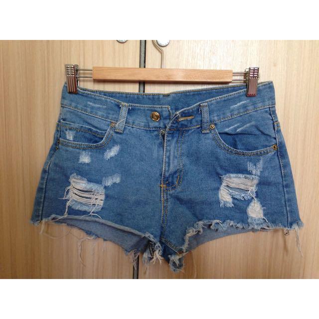 牛仔短褲(保留)