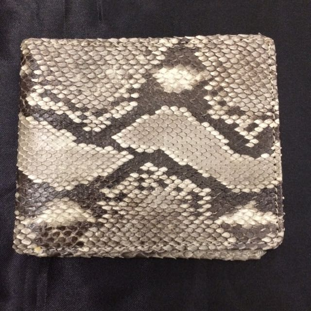 真蛇皮時尚短夾