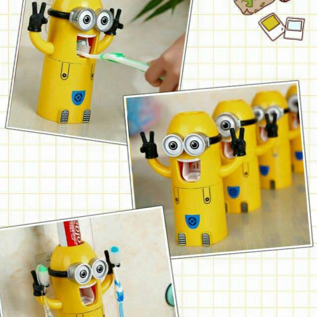 風靡全球 小黃人造型立體自動牙膏器