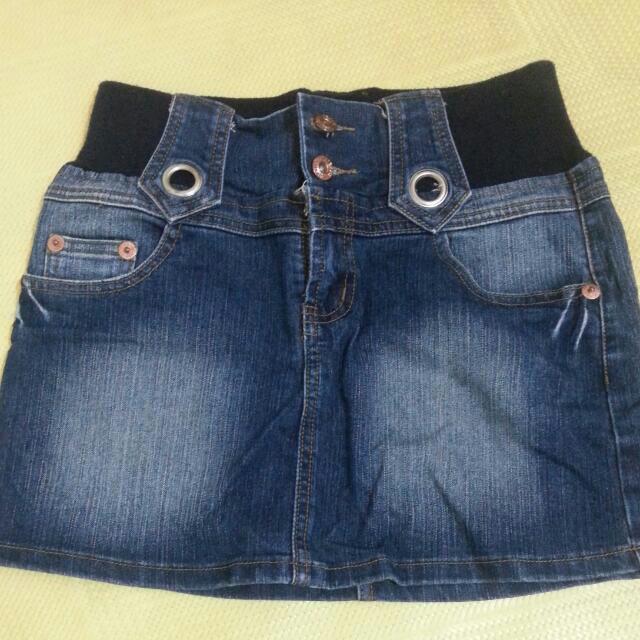 出清 全新 S 號牛仔短裙 含掛號運費