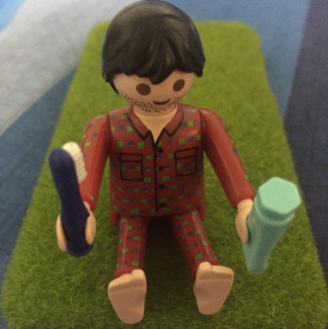(待匯)Playmobil 摩比睡衣男孩