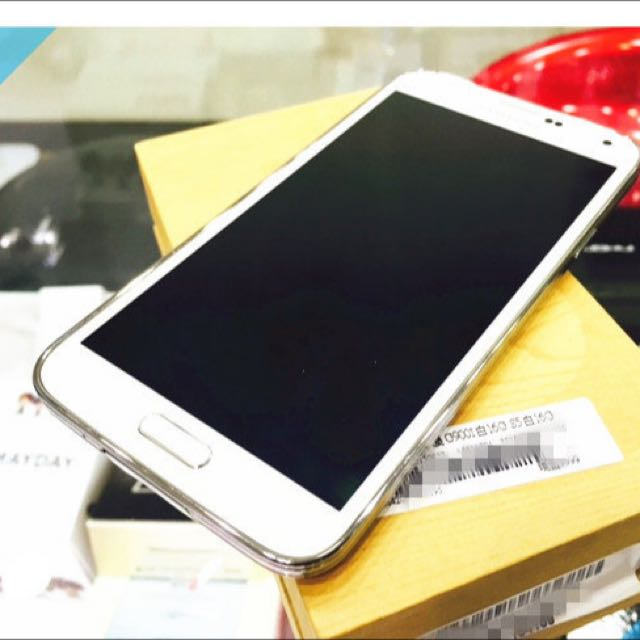 SAMSUNG GALAXY S5  16GB 白色 (二手9成新)