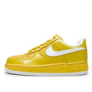 【9.8成新】Nike Air Force 黃色 24.5cm