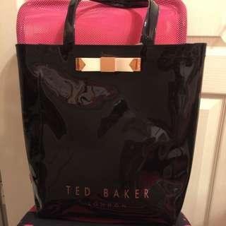 正品 TED BAKER 黑色購物包
