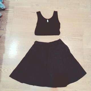 <降>Queenshop膝上摺黑裙子