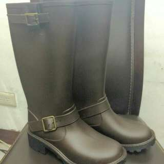 中筒靴*雨靴尺寸大概39~40號(24.5~25)