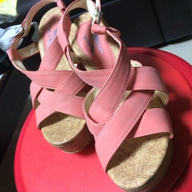 23號楔型美鞋