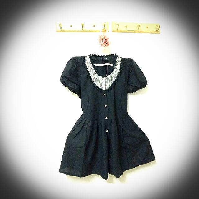 蕾絲領口蓬蓬公主袖綁帶小洋裝