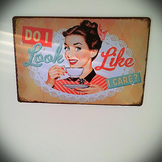 """Shabby Chick Wall Art. """"Do I Look Like I Care""""."""