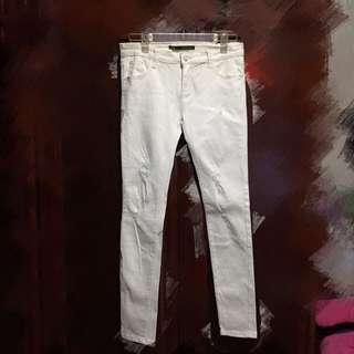(全新)微刷破窄管褲