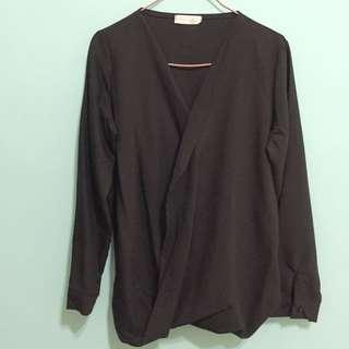 韓貨黑襯衫,V領設計款