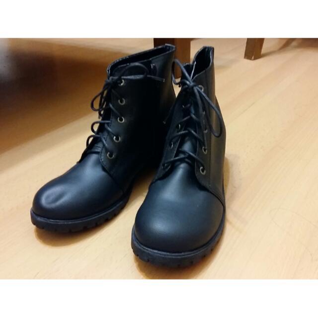 韓風粗跟短馬靴