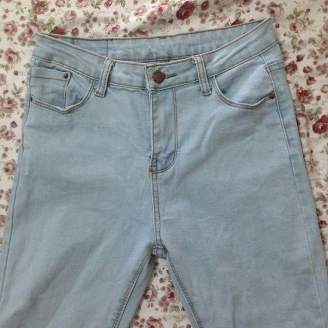 保留全新 素色淡色牛仔褲 M號