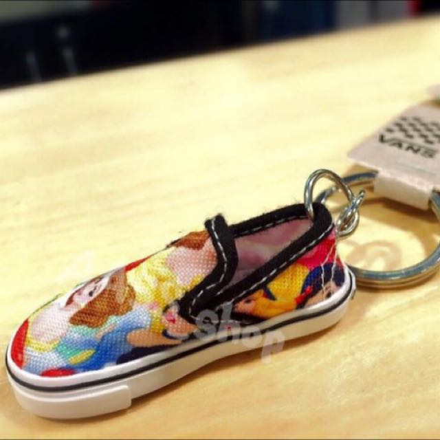 免運✨美國代購 ✨VANS X Disney 迪士尼聯名品牌懶人鞋吊飾