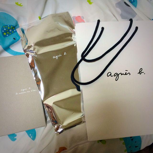 (寄出)agnes b. 紙盒 鋁鉑包裝袋 紙袋