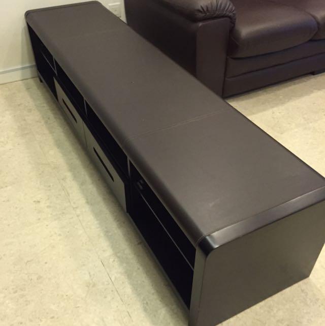 Lorenzo Tv Console Furniture On Carousell