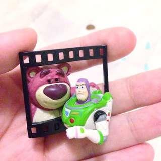 (保留)迪士尼 經典場景 底片 扭蛋 巴斯抱哥 玩具總動員