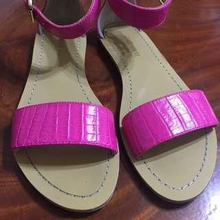 NINE WEST桃紅羅馬涼鞋