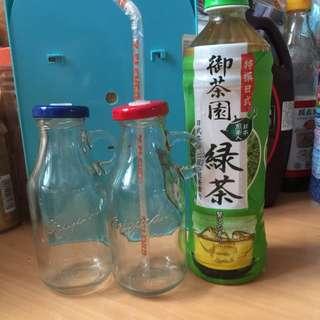 牛奶玻璃瓶(可直接插吸管)全新