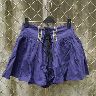 【二手】藍紫色可愛繡花綁帶褲裙