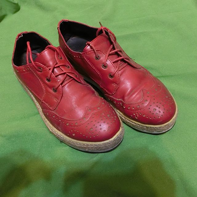 降價!6成新 山東二手拍購入 紅色厚底牛津鞋