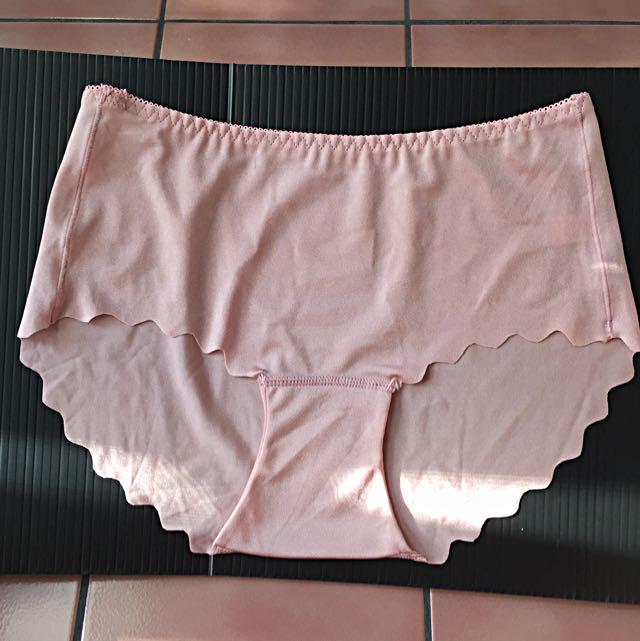 (全新)冰絲無痕內褲粉色