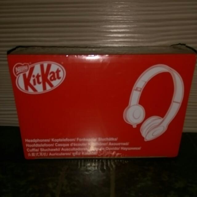 全新Kit Kat耳機